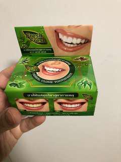 泰國美白牙膏