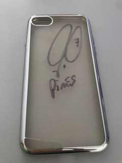 Robert Pires signature