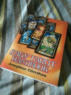 Easy Tarot Book