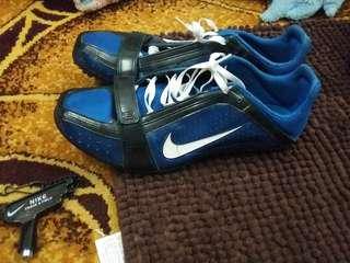 🚚 NIEK跑步專用丁鞋