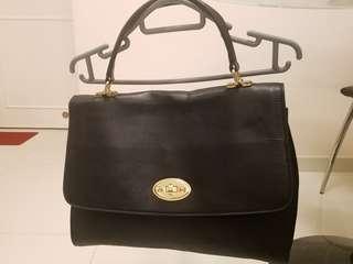 Women's leather handbag (Bgilio)