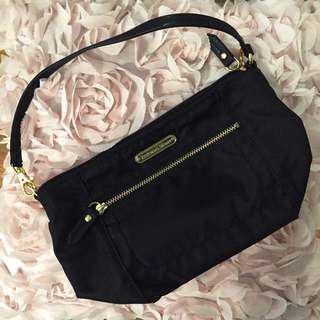 😆FREE SHIPPING* under 500g😆🔥PRICE DROP🔥Brand New Victoria's Secret Black Clutch