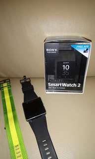 SONY SmartWatch2 - FIFA 原裝尼龍帶+ 膠帶 ( used 8成新 ) 合所有 Android phone
