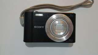 Sony Cyber-shot Camera 20.1 mega pixels + free 8MB memory card x 2 & original Sony camera pouch
