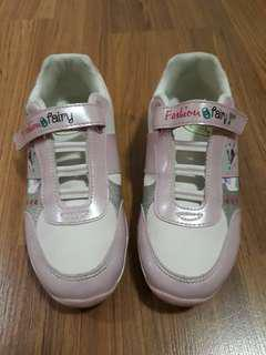 Pitter Pat rubber shoes - size 35