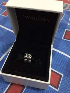 Pandora Silver Present Charm
