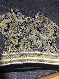 H&m paisley top