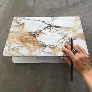 13'' Macbook Air Gold Marble Case