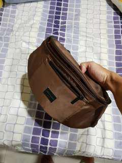 BROWN BODY BAG FOR MEN