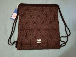 Adidas 格紋索袋