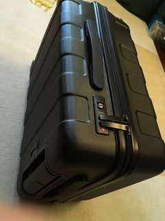 Muji 行李箱 35L 黑色