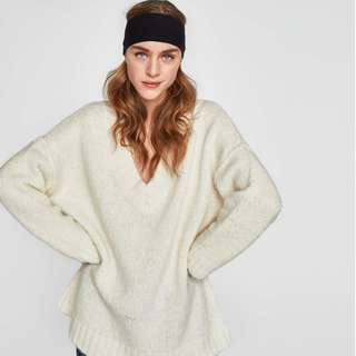 Zara Ecru Oversized Wool V-Neck Knit Sweater