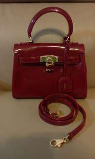 KATIE JUDITH -  jelly handbag with lock and key