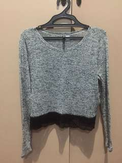 H&M Gray cropped sweater