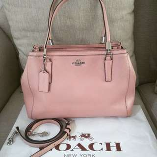 Excellent coach small baby pink with strap and db