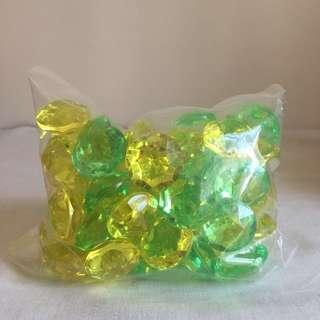 細細包水晶