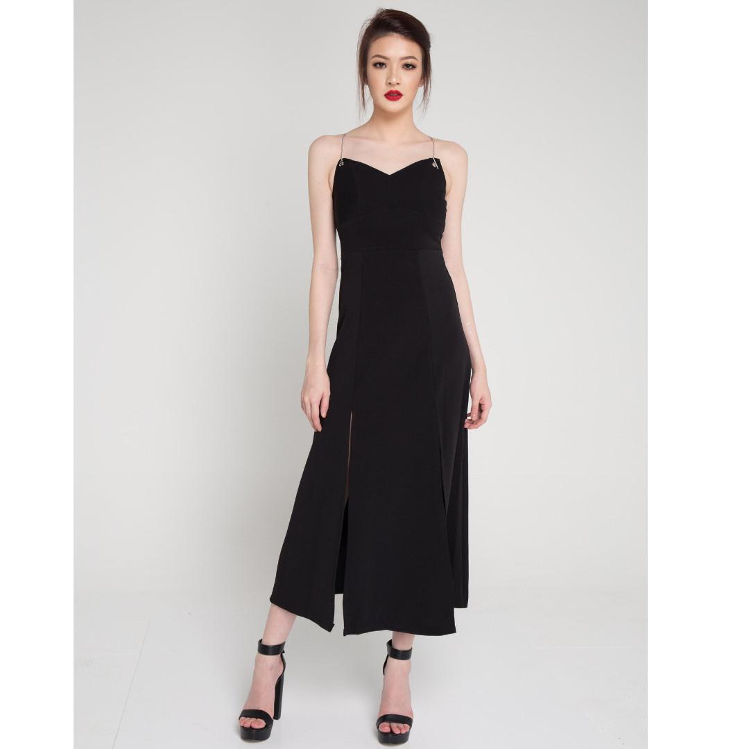 af1f0c99 NEW LBRLabel Jeraldyn Flare Maxi Dress, Women's Fashion, Clothes ...