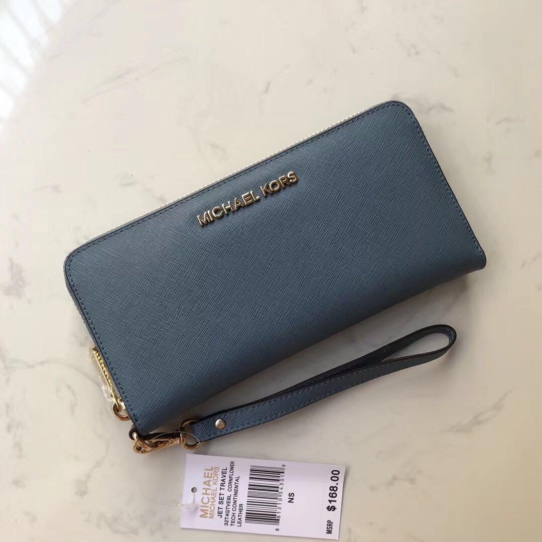 89efa81415bf Michael Kors Long Wallet Wrislet, Luxury, Bags & Wallets, Wallets on ...