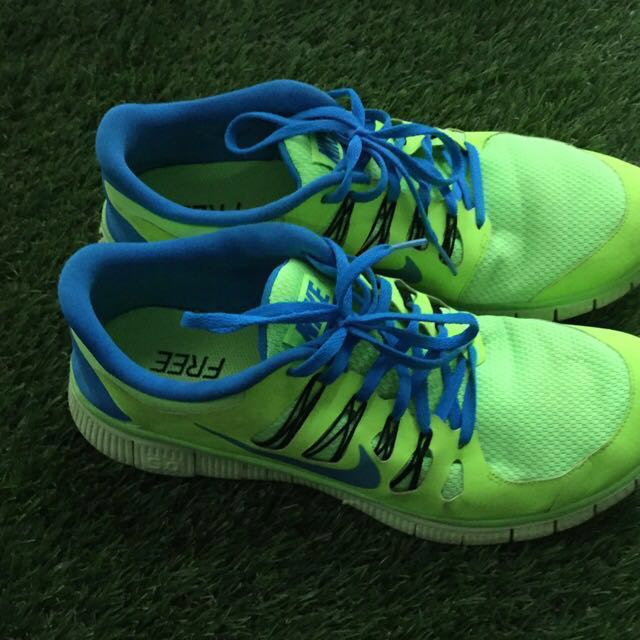 half off 6d07c 40aaf Nike Free 5.0 Series Sports Shoes, Sports, Sports Apparel on Carousell