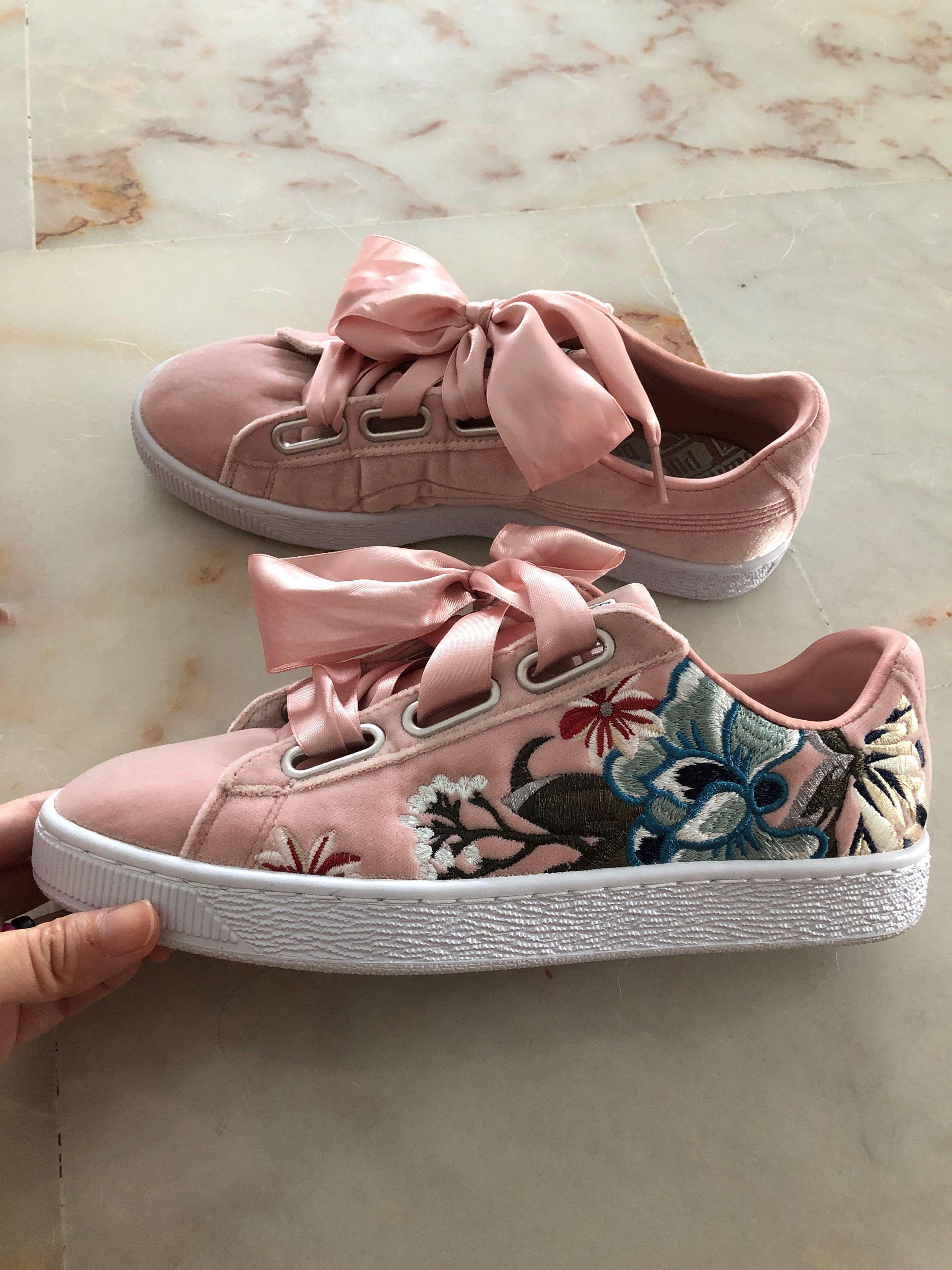 san francisco e11ec 27a9c Pink Puma basket heart shoes trainers with embroidery ...