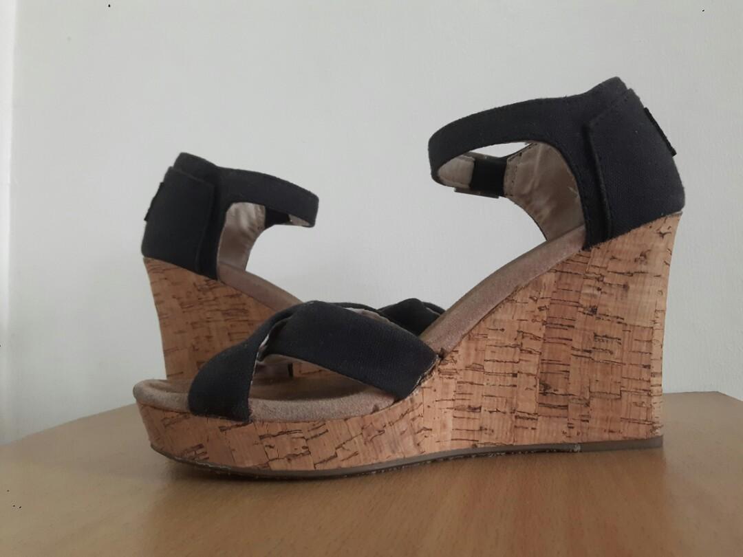 ec550cdffc68 Home · Women s Fashion · Shoes. photo photo photo photo photo