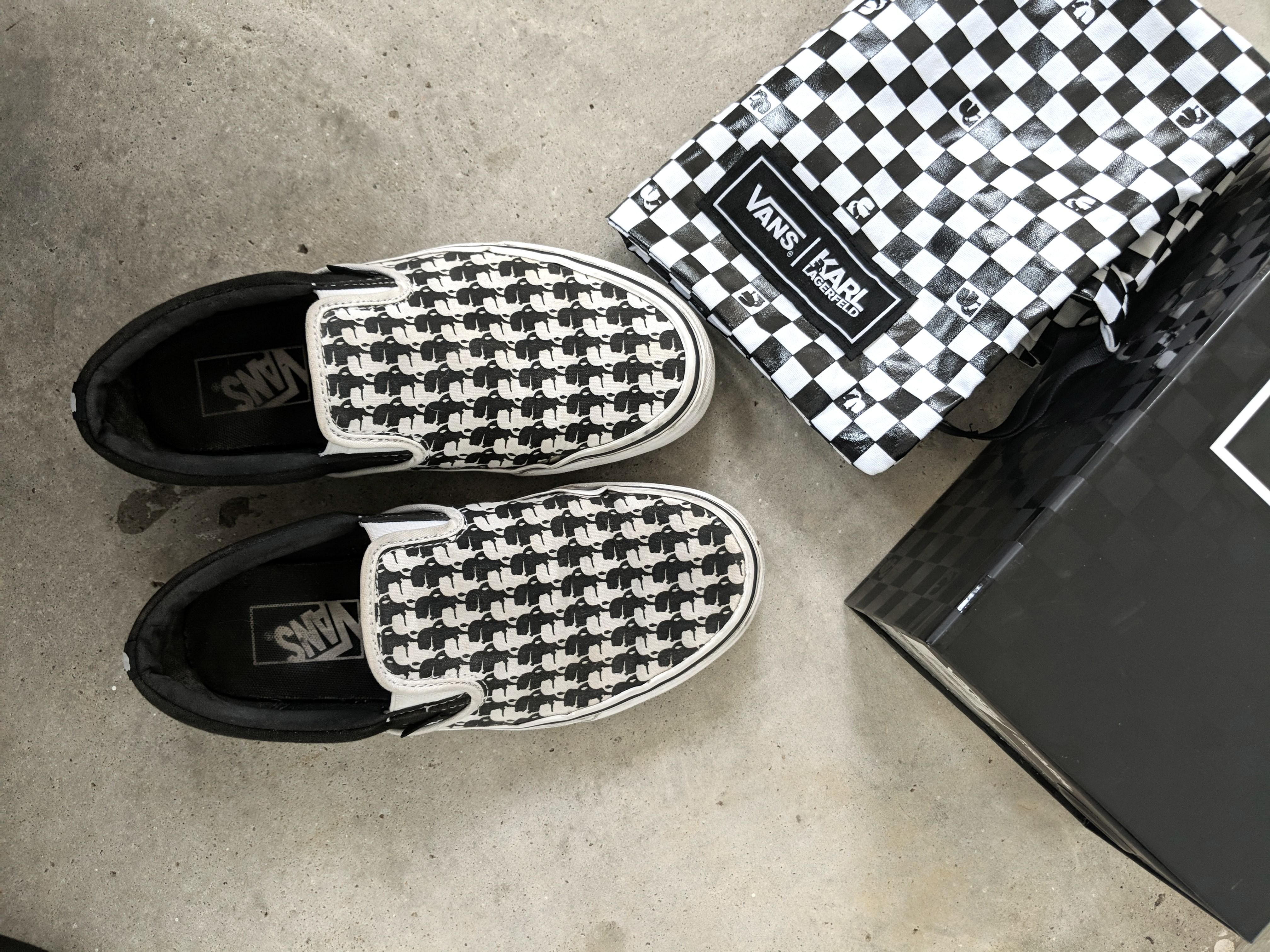 bad19e7a00 Home · Women s Fashion · Shoes · Sneakers. photo photo ...