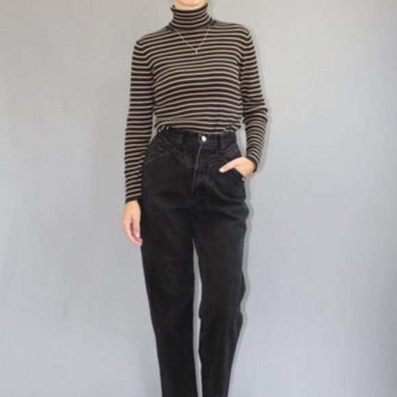 f8dc74a0f093 Vintage high waisted mom jeans in black