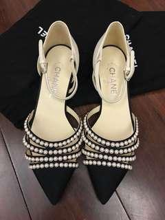Chanel pearls flats sz37