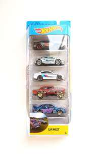 Hot Wheels Car Meet 5-Pack