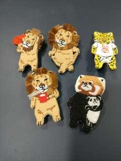 獅子 吹頭 啷口 老虎 狸貓抱熊仔 胸針 扣針 一套5個