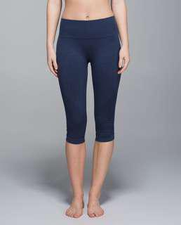 Lululemon In The Flow Crops - Size 6