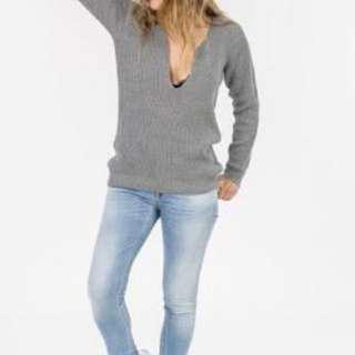 Maurie and Eve Vivienne Jumper