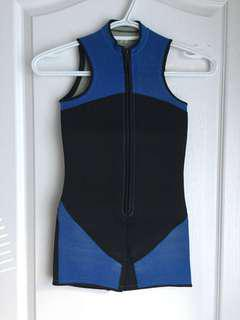One piece swimming suit size 8-9