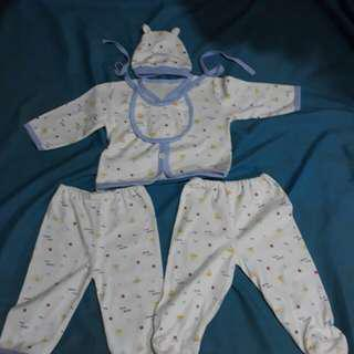 Set baby clothes