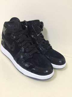 Nike air Jordon 鞋