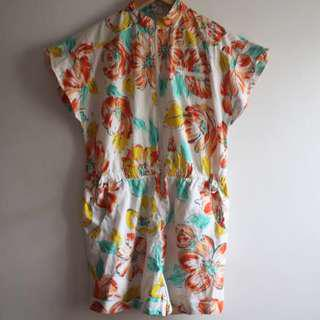 FLORAL Spring / Summer playsuit, fits womens 6-10