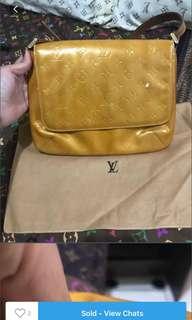 Authentic Louis Vuitton Vernis Thompson Street Shoulder Bag