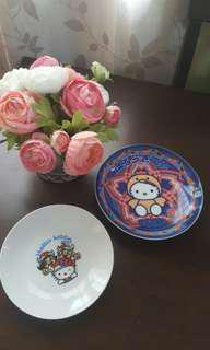 Hello Kitty ceramic plates
