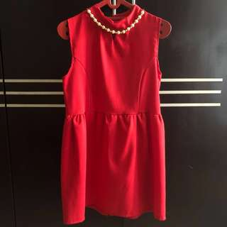 Preloved Women Red Dress with Neck Pearl
