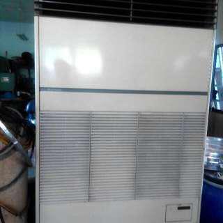 日立冷氣 3相水冷式8噸 大拍賣