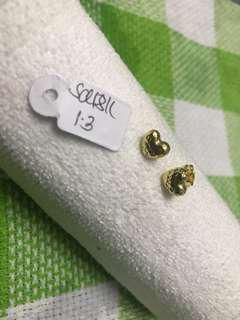 18K Saudi Gold Heart Earrings