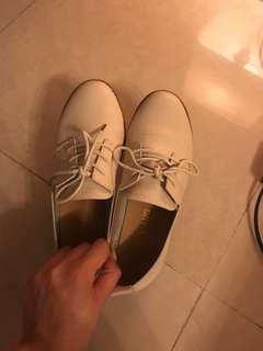9成新女神鞋 $30
