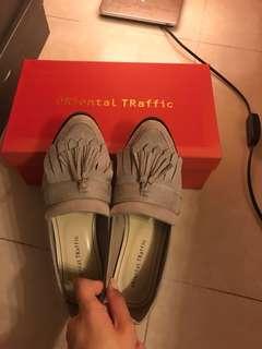 Oriental traffic 35號鞋 $80