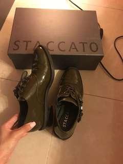 (低於一折)staccato 型格紳士鞋36號 $150