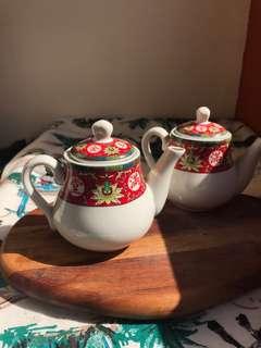 Chinese style tea pot