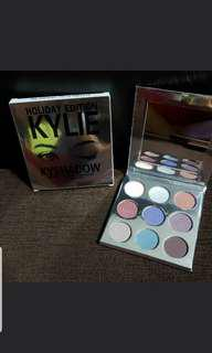 🚚 Kylie Eyeshadow holiday edition stock clearance 1 pcs only