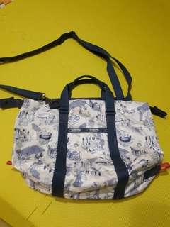 Lesportsac Sling bag Limited Edition
