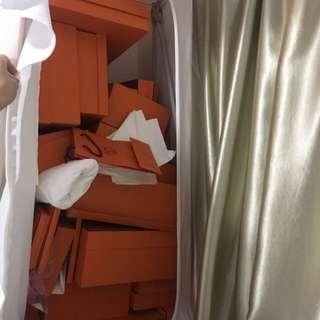 Hermes boxes 有好多不同款不同價錢歡迎查詢