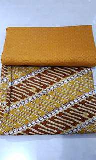 Set Batik Warna Kuning