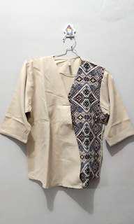 Baju Batik Etnik